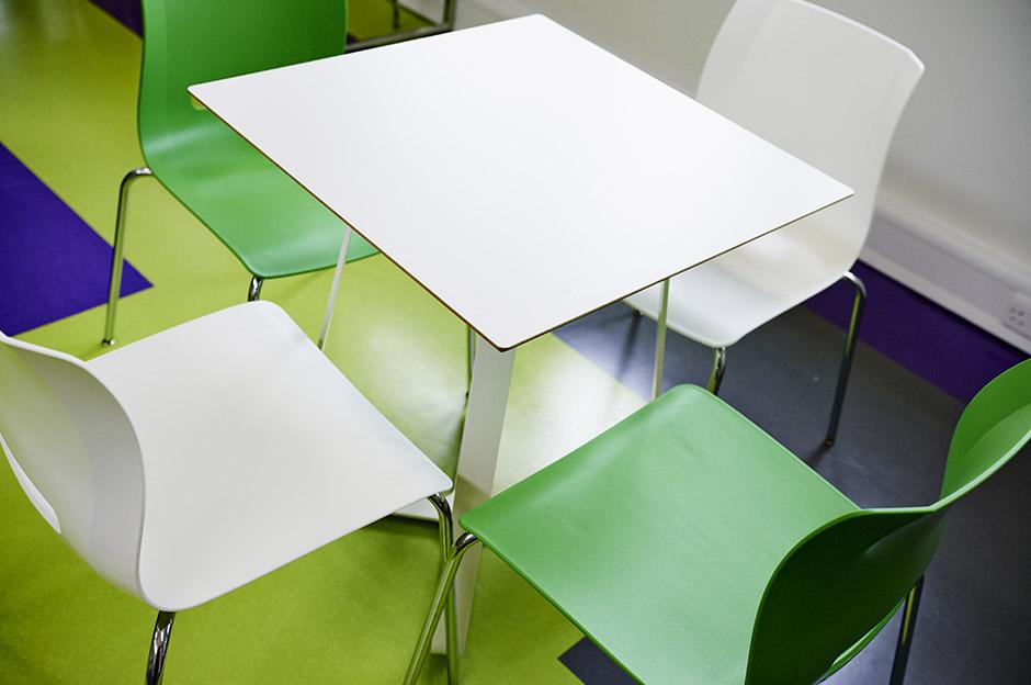 Eos_Billesley_Furniture_011